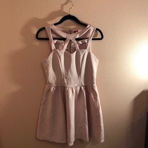 Dresses & Skirts - Blush pink dress🌸